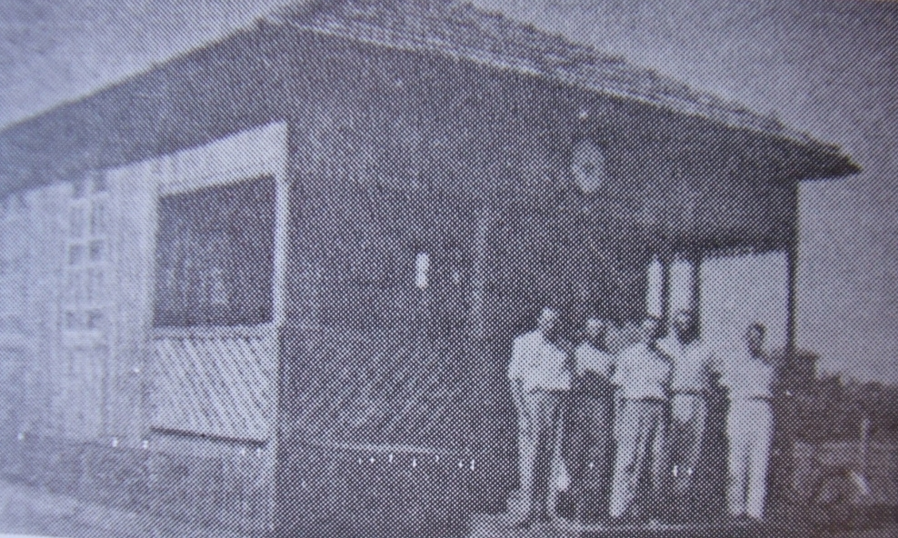Antiga prefeitura foi consumida pelas chamas no dia 4 de dezembro de 1959 (Foto: Reprodução)