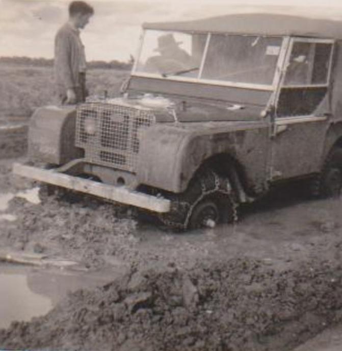 Modelo do jipe usado por Azeredo em 1959 (Foto: Reprodução)